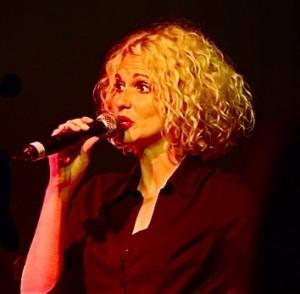 Suzi Jari Vocals